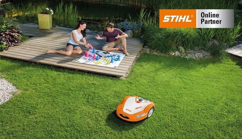 Avec les robots de tonte iMow STIHL, vous profitez d'un gazon toujours parfaitement entretenu !